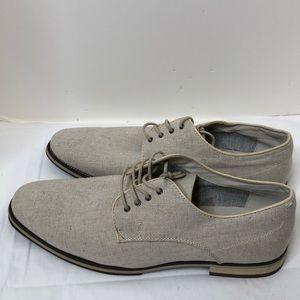 Giorgio Brutini Cream loafers size 13 like new